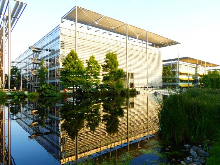 Reflections In The Water Amazing Architecture Chiswick Business Park Chiswick London LONDON❤ Chiswick Business Park Hidden Gems