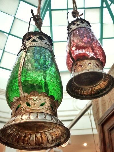Let the light be romantic and colorful Antique Hanging Home Interior Illuminated Tradition Lighting Equipment Decoration Close-up Lantern Hanging Light Decorative Art