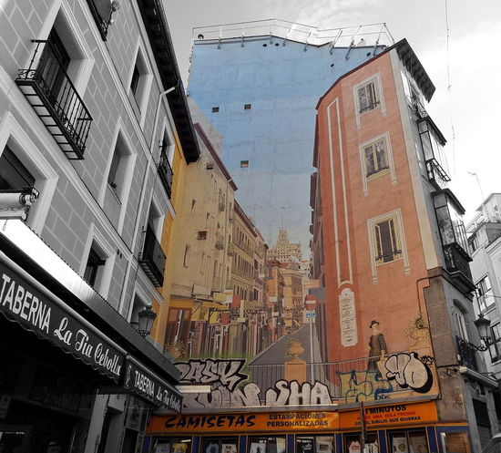 street and facade view in Madrid Building Exterior City City City Life Day Façade Graffiti Art Graffiti Wall Madrid Outdoors Sky SPAIN Spain♥ Street Street Photography Streetphotography Taberna Tavern  EyeEmNewHere