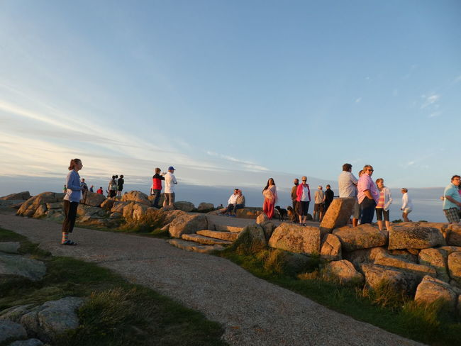 People And Places Tranquil Scene Mountain Outdoors Weekend Activities Adventure Large Group Of People Leisure Activity Travel Destinations Vacations U.S.A Cadillac Mountain Bar Harbor Remote Nature Cloud Goldenhour Holiday Travel