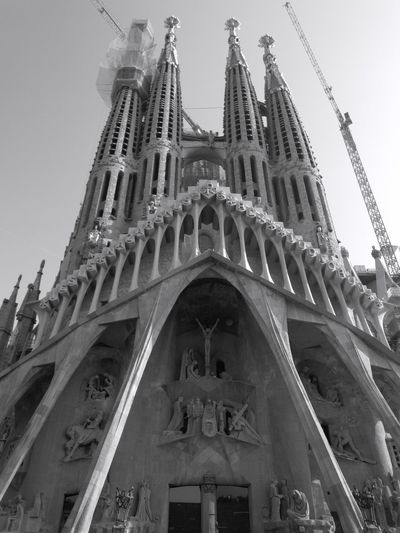 La Sagrada Famila Architecture Built Structure Low Angle View History Travel Destinations Building Exterior Façade No People Outdoors Black And White Photography Streets Of Barcelona Blackandwhite Photography Catalonia Barcelona