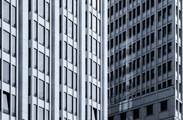window streams ... Architecture Architektur Berlin Berliner Ansichten Building Building Exterior Built Structure City City Life Day Exterior Façade Fenster Modern Monochromatic Monochrome Office Building Potsdamer Platz Reflection Schwarz & Weiß Skyscraper Tall Tall - High Window