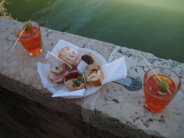 Alcohol Aperitif Aperitivo  Appetizer Bruscetta Cenise Drink Essen Food Food And Drink Olive Olives Refreshment Served Spritz Venedig Venezia