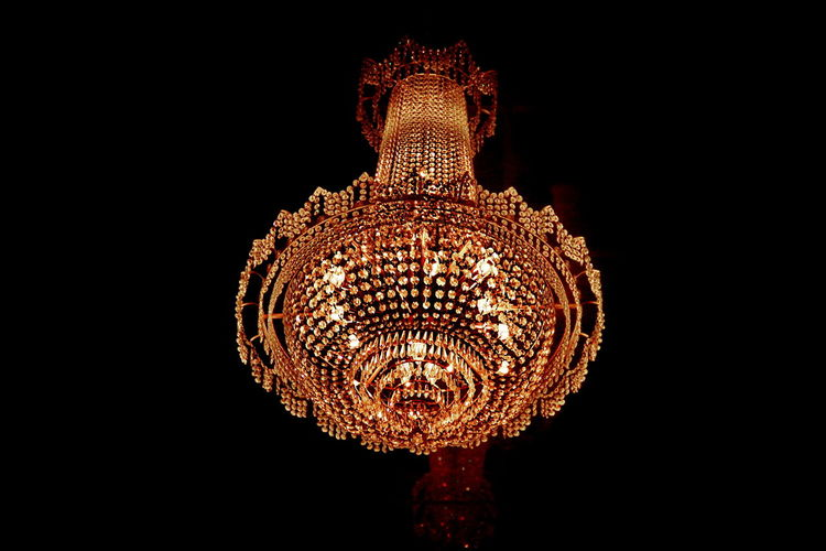 The imagine art style of chandelier This place is public. Architecture Bright Business Chandlier Crystal Decoration Design Destiny Dinner Disco Europ Hang Home House Interior Lamp Lantern Light Luxurious Luxury Marketing Nigthclub Pattern Pub Rich