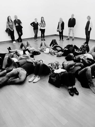 Stedelijk 2018 Spectator Crowd Gazing Amsterdam StedelijkMuseum Museum Of Modern Art Blackandwhite Museum Group Of People Real People