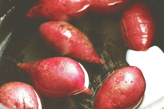 Red Food Close-up No People Healthy Eating Sweet Food Indoors  Day Freshness Purple Potatoes Photography
