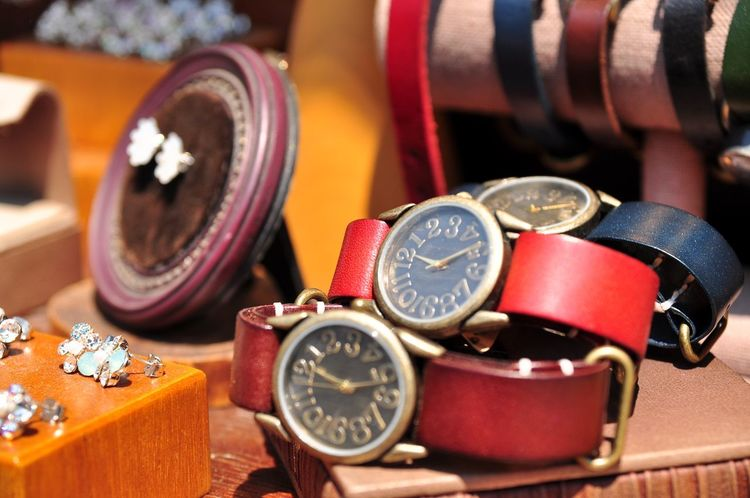 Vintage Style Oksk Photopackers Selective Focus Close-up Time Number No People Wristwatch Indoors