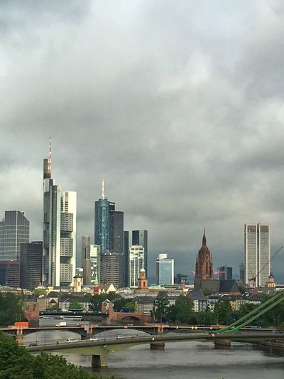 Skyline Frankfurt Skyline Frankfurt Am Main Cloud - Sky Clouds Skyscraper High Rise Hochhaus