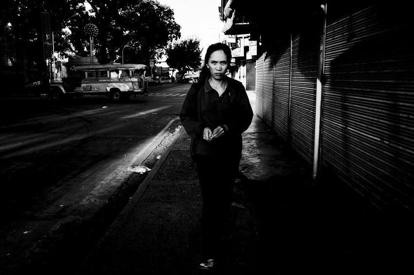 Fujifilm X-E2 + XF18mm. Dec 2015. T Neri cor. J Rizal St, CDO. Street Photography Eyeem Philippines Fujifilm X-E2 Fujifilm_xseries Black And White Photography Xf18mm Up Close Street Photography