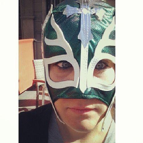 Mexican mask para un lunes negro!!! Nomemiresnomemiresnomenomenomemires Mexicanmask Mask Mexican