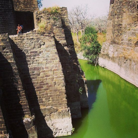 The moat around the Daulatabad fort. Indianhistory Incredibleindiaofficial Indianarchitecture Indianforts incredibleindia india wanderlust travelbug travel forts maharashtra