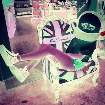 after hours photo shoot with @babydoll_315 Vans Thecolourpurple Afterhours Unionjack