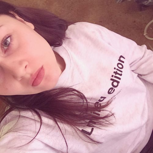 😘 Selfie Taking Photos Hello World Chilling