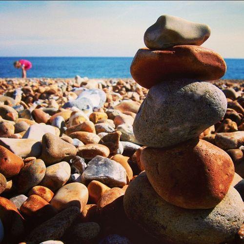 Beach Hasting Pebbles Rocks sea sun sunshine uk rockart balanced igadict igdaily instadaily canon a95 red