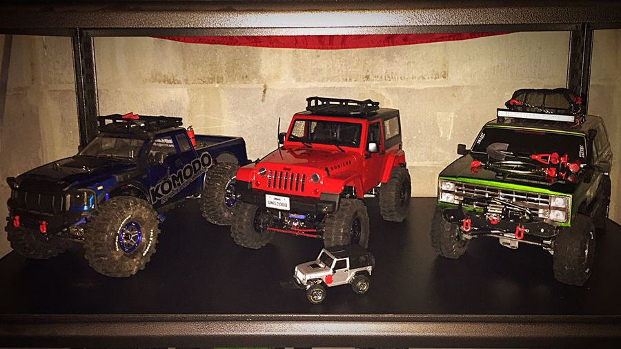 Vaterra Ascender RC Scale World Crawlers Off-road Vehicle Crawlerassault Vaterra Scale Trucks Crawler Rctrucks Gmade Komodo Crawling Scale Crawlers 4x4 Trailtrucks Axial Axialracing Scale Model