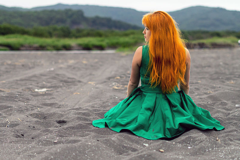 Fashion Clothing One Person Dress Women Redhead Full Length Green Color Hairstyle Young Women Real People Rear View Young Adult Leisure Activity Lifestyles Long Hair Land Adult Hair Beautiful Woman