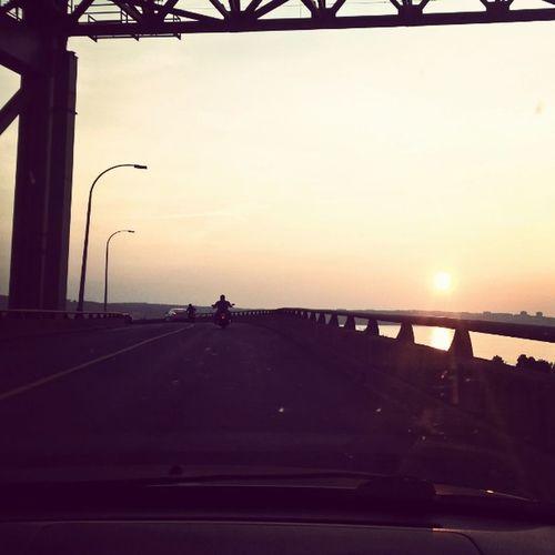Driving with the Beeeeeb at Sunset ... MackayBridge
