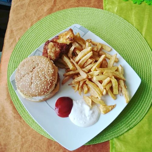 Today Dinner Obiad Hamburger Frytki Nuggetsy Domowyobiad Domowegotowanie Gotowanie Cooking Home Food Instafood Polishgirl Polishboy  Poland Likeforlike L4l F4F