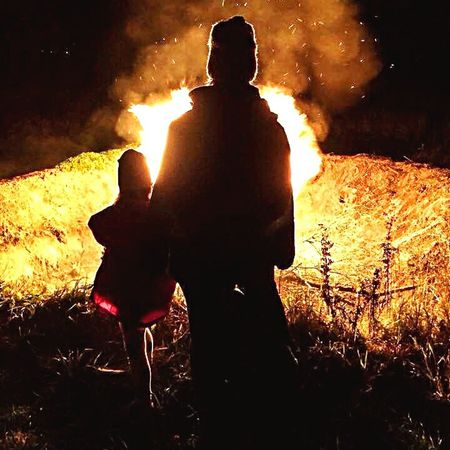 Mother and daughter by the bonfire Silhouette Bonfire Fire Two People Burning Outdoors Nature Togetherness Night Love Mother & Daughter Eyeemherenow EyEmNewHere