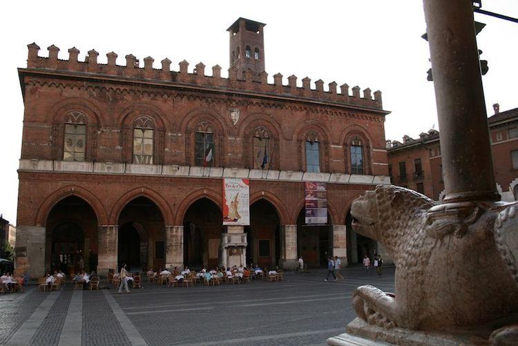 newsageagro.com - Piazza Del Comune Lombardia