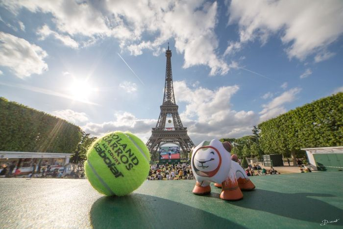 ROLAND GARROS The Global Eyeem Adventure - Paris The Global EyeEm Adventure Artoyz EEA3-Paris Peugeot
