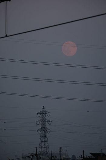 鉄塔♡Love Full Moon Bluemoon Cityscapes Dusk EyeEm Moon Shots EyeEm Nature Lover FUJIFILM X-T10 Xc50230 The Minimals (less Edit Juxt Photography)