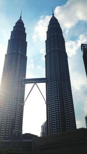 A precious skyscraper Suria KLCC Sundate Architecture Skyscrapercity Kuala Lumpur Malaysia  OpenEdit Malaysia Scenery