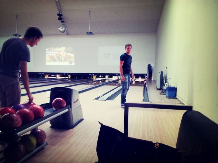 Bowling Bowlen Mit Meinen Lieblings Mädels Und Jungs :) Friends