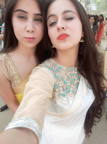 Friendship Young Women Happiness Farewell Party Long Hair Poseforthecamera FunnyFaces Girlpower Close-up
