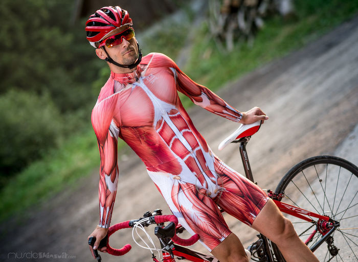 cycling wear Anatomical Apparel Bike Bikewear Body & Fitness Casual Clothing Clothing Cyclingfashion Cyklista Fashion Front View Glasses Leisure Activity Lifestyles Muscle Nature Portrait Portrait Of A Woman Red Roadfashio Salice Selfie Sunglasses Uvex Velo