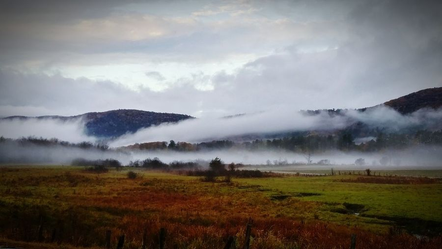 Clouds, Mountains, New England Beauty In Nature Scenics Outdoors Autmn Morning Fog New England  Tranquility Tranquil Scene Majestic
