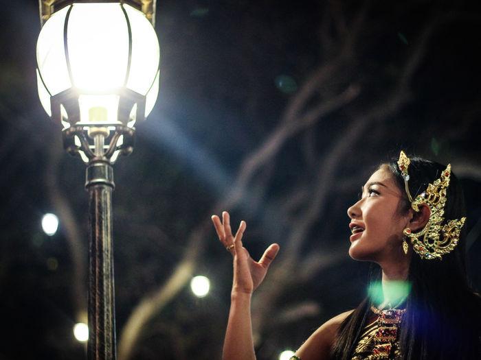 Portrait Outdoors Night Light And Shadow Freedom Travel King Narai Reign Fair Lopburi Thailand Canon