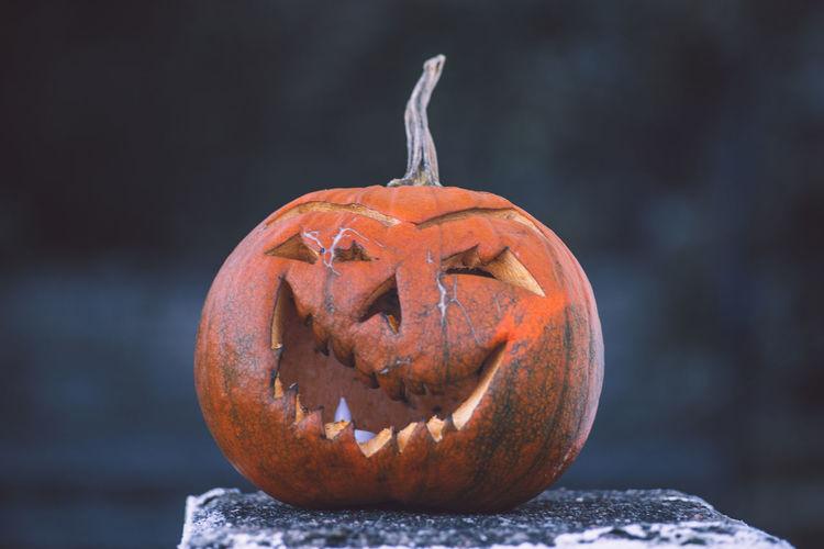 Colors Feeling Happy Holiday Holidays Lantern Bokeh Dof Face Halloween Jupiter 37A Outdoors Pumpkin Scary Sony A7