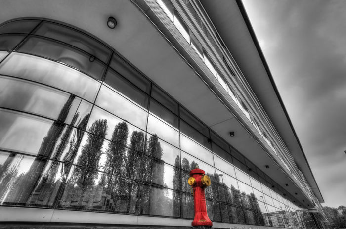 Architecture Built Structure City Life Design Engineering Glass - Material HDR HDR Collection Hdr Edit Hdr_Collection Hdr_gallery Hdr_lovers Hdr_pics Hdrphotography Modern Reflections Repetition Selective Color Structure The Architect - 2016 EyeEm Awards