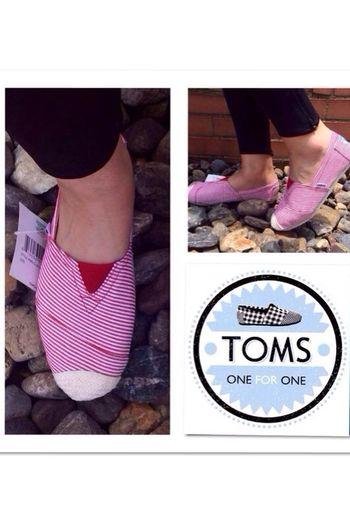 TOMS??#ventas #ventasbogota #ventascolombia #eu #live#sale#toms#market#oneforone#women#men#kids#nuevo#color ventas e info☎️:3013363597