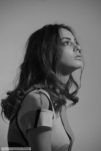 Shooting in black and white One Woman Only Young Women Beautiful Woman Blackandwhite Photography Blackandwhite Portrait Photography Model Model Photografy Model Photography Black And White Women Portrait