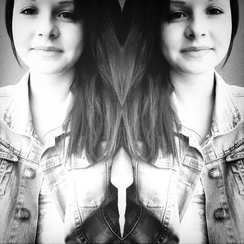 Willst du mit mir Drogen nehmen? Ohrwurm Smile Selfie Blackandwhite