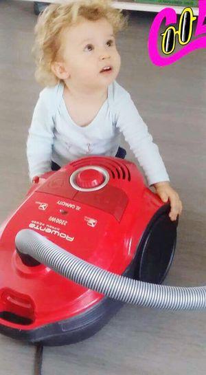 Hello World Babyboy Innocence Enjoying Life Authentic Moments Babysitting Fragile Respect Qui Me Trouve Mignon?