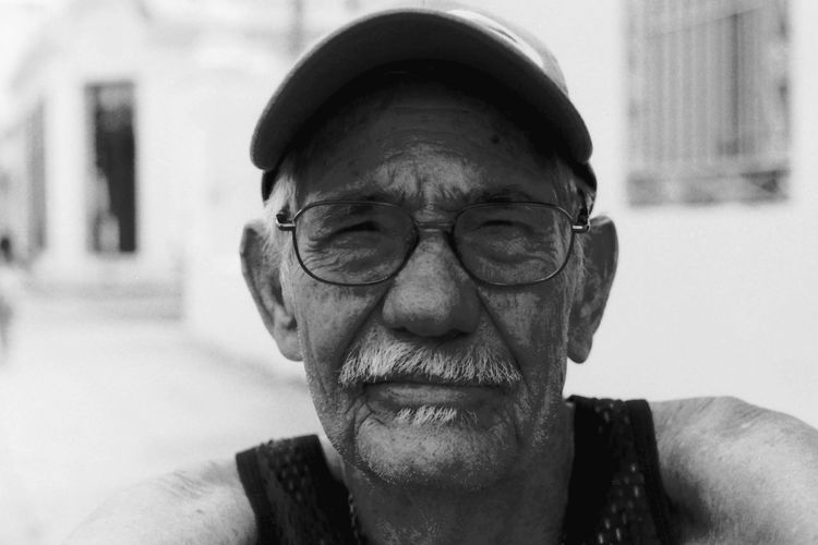 Portrait of a Cuban Man Analogue Photography B&w Black And White Close-up Cuba Cuban Man Front View Portrait Street Photography Streetphotography