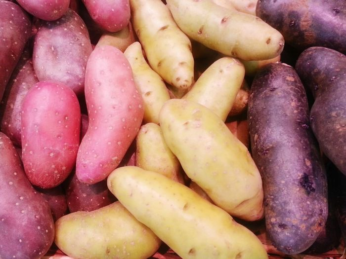 Potato time Food Healthy Eating Food And Drink Freshness Root Vegetable Backgrounds Large Group Of Objects Market No People Outdoors Nature Close-up Day Potato Potatoes Red Potatoes Red Potato White Potatoes White Potato Old Potato Melody Potato