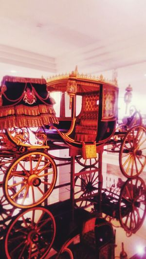 5zã4 Fe4dïñand I Mobilephotography Museum Ferdinand Chariot Mode Of Transport Transportation Indoors
