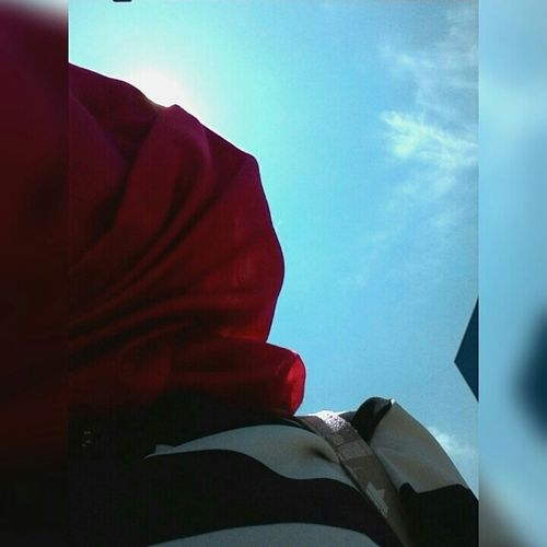 Canyücelklasiği çatıların GökyüzüyleBirleştiği Yerler Bende  Canlar😉 Yinegeziyorum Sıcakhavalar Güzelgünler