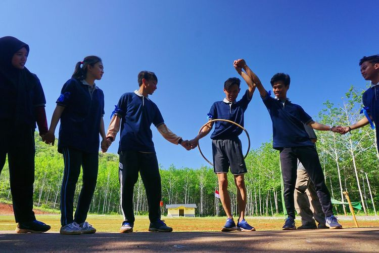The Game Capture Tomorrow Friendship Happiness Sport Men Party - Social Event Celebration Togetherness Group Of People Standing Teamwork Organized Group Photo