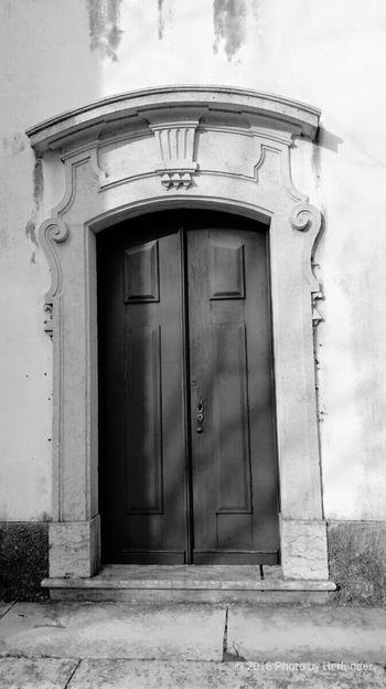Door Building Exterior Closed Architecture Entrance Outdoors Built Structure Front Door Façade House Day No People Doorknob