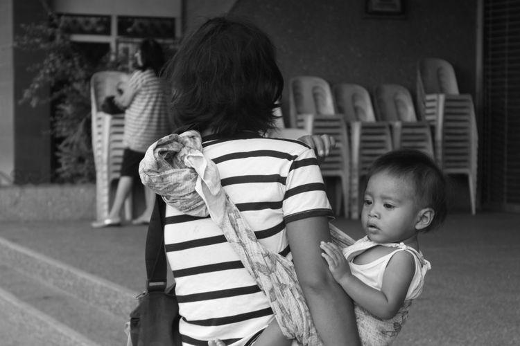 Beggar Baby Beggar Bonding Boys Childhood Cute Family Innocence Love Person Sad Sadness Togetherness