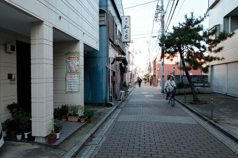 Car Classicchrome Fujifilm Fujifilm X-E2 Fujifilm_xseries Japan Street Streetphotography XC16 大門通り