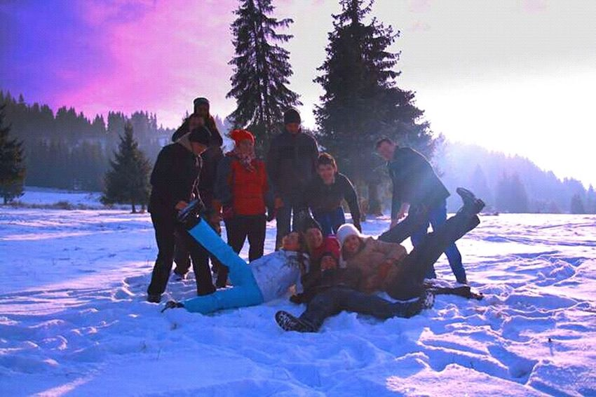 THESE Are My Friends Relaxing That's Me Enjoying Life Hello World Christmastime Party Wedding Friends Winter Snow Made In Romania EyeEm Gallery Filinggood Enjoying Life Hello World Relaxing Mountains