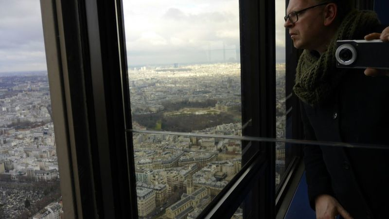 Montparnasse-Selfie...😂😊 High above the sky. Window Reflection Looking Through Window Adults Only Only Men One Man Only Streamzoofamily Montparnasse, Paris Montparnasse Bienvenue Skyscraper Paris ❤ Eye4photography  Paris Je T Aime Taking Photos Urban Skyline Travel Destinations Aerial View Architecture France🇫🇷 Selfie ✌ Mobilephotography