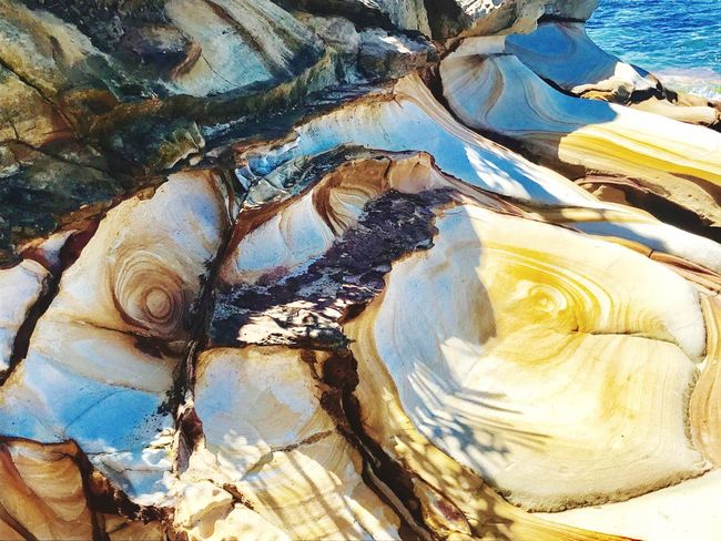 Beauty In Nature Water Rock - Object Rocky Outdoors Lights And Shadows Focus On Foreground Harbourside Beauty In Nature Nature Backgrounds No People Day Scenics Sunlight Motion Seaside City Reflection