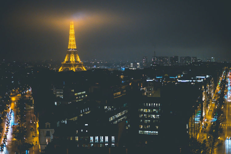 Paris at night! Paris Nightphotography Cityscape Citylife View From Above Foggy Day Travel Destinations Tourism Street Scene Traffic Eiffel Tower Buildings Amazing View Bright Light Architecture